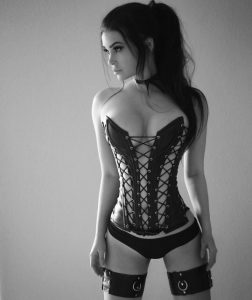 corset from the front