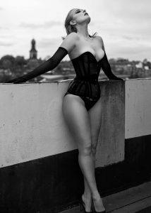tight waist corset