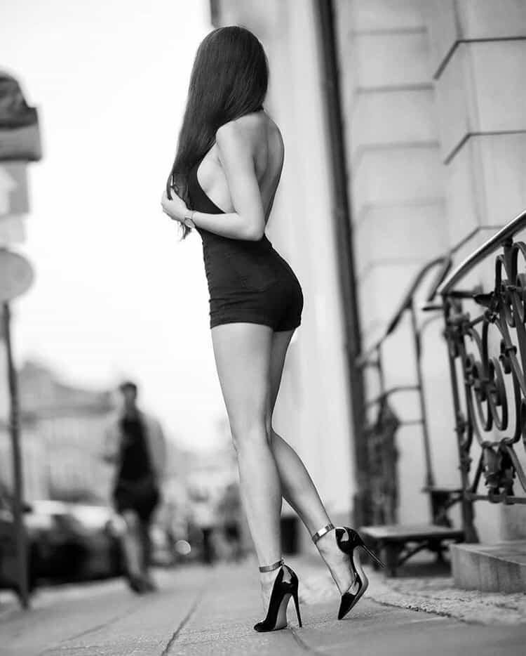 little black dress ND HIGH heels